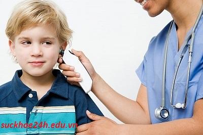 Cách phòng và điều trị viêm tai giữa ở trẻ em, cach dieu tri viem tai giua o tre em