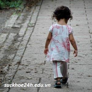 Nguyên nhân trẻ tự kỉ và cách phòng tránh
