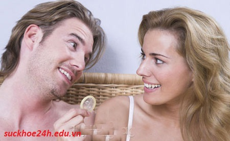 Phòng tránh bệnh lậu hiệu quả, su dung bao cao su khi quan he tinh duc tranh lay nhiem benh lau