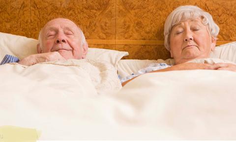 Chăm sóc giấc ngủ người già, cham soc giac ngu nguoi cao tuoi