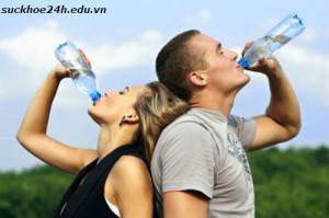 Những sai lầm khi uống nước thường mắc phải