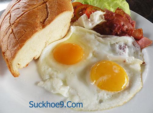 Một số thực phẩm có thể gây hại khi ăn cùng trứng