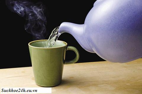 Uống nước ngay khi vừa đun sôi gây hại sức khỏe, uong nuoc ngya khi vua dun soi gay hai suc khoe
