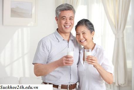 Thực hiện chế độ dinh dưỡng hợp lý để phòng bệnh mùa hè cho người cao tuổi, thuc hien che do dinh duong hop ly de phong benh mua he cho nguoi cao tuoi