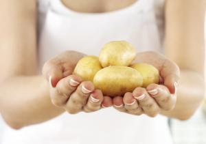 Cách làm đẹp da hiệu quả từ khoai tây