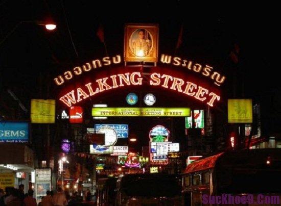 Mua gì, ở đâu khi du lịch Pattaya? Walking Street, địa điểm mua sắm giá rẻ, chất lượng ở Pattaya
