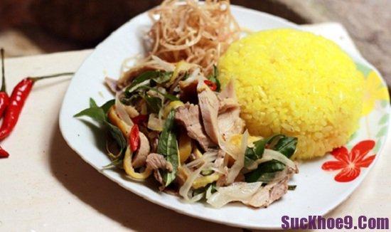 Ăn gì khi du lịch Hội An? Cơm gà Phố Hội, món ăn ngon, hấp dẫn ở Hội An